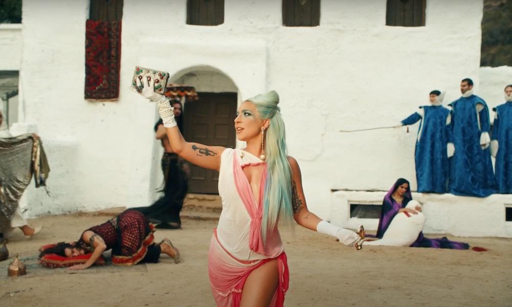 «911», Lady Gaga una vez más logra resumir el Pop en una obra maestra