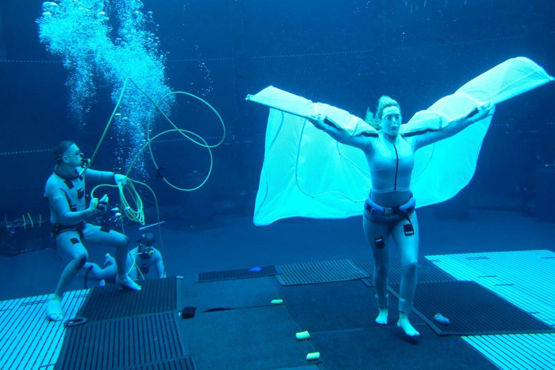 """«Avatar 2"""": Kate Winslet rompe récord de Tom Cruise en tomas subacuáticas"""