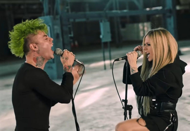 MOD SUN y Avril Lavigne la rockean en el enérgico video de «Flames»