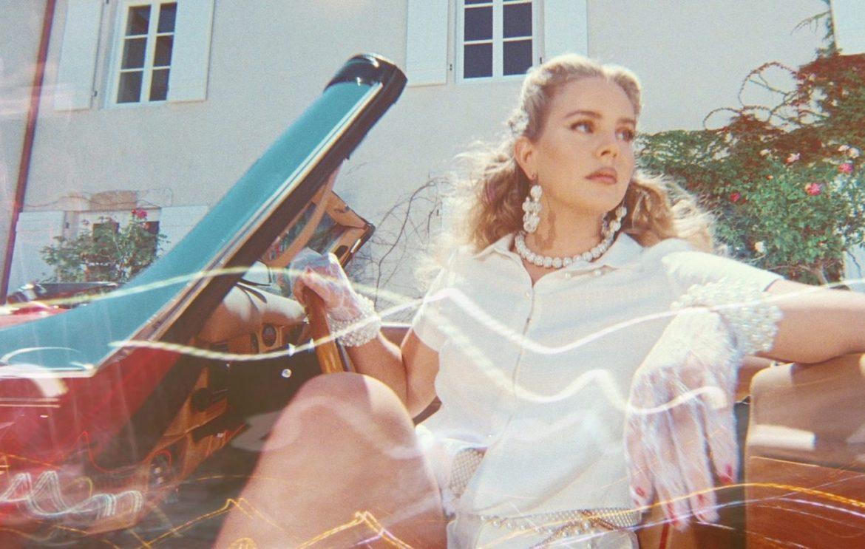 «Chemtrails Over The Country Club» llegó para completar una década de excelencia en la carrera de Lana Del Rey
