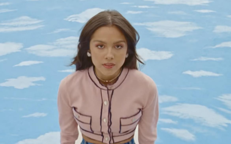 «deja vu»: Olivia Rodrigo lanza nuevo sencillo y anuncia álbum debut!