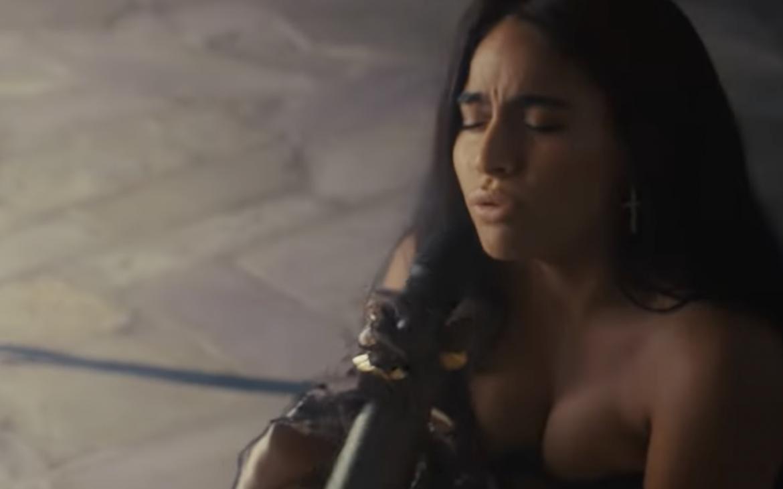 Jessie Reyez revive su reciente álbum en presentación íntima